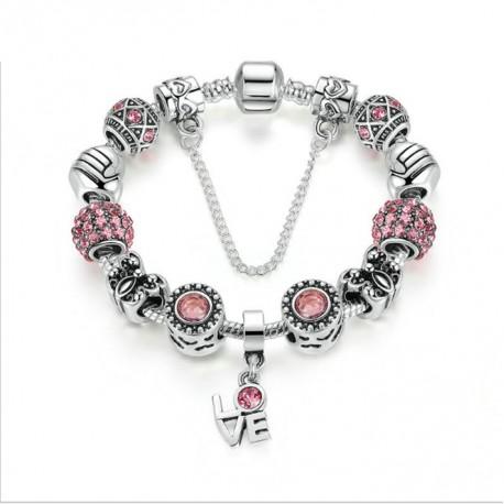Pulsera con charms plateados, cristales rosas y colgante LOVE