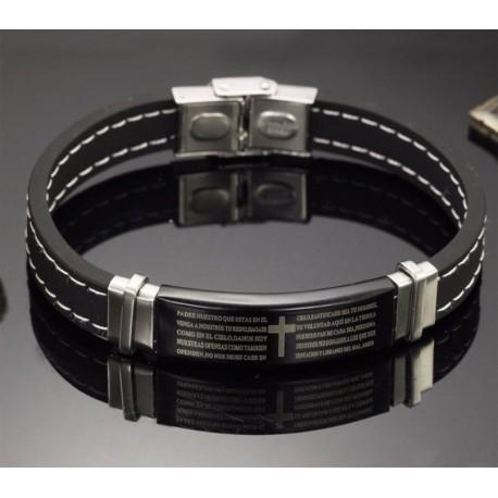 Pulsera negra de silicona  detalles en acero inoxidable y Padre Nuestro grabado