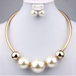 Conjunto collar y pendientes con Maxi perlas Goada