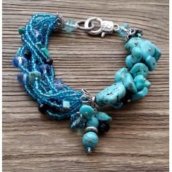 Pulsera con Turquesa natural y cristales azules