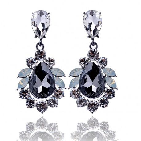 Pendientes elegantes con cristales grises y blancos
