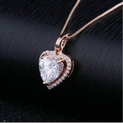 Collar con corazón de crystal zirconita