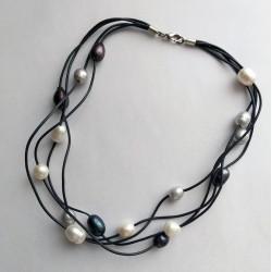 Collar multicapas de 4 capas de piel con perlas naturales de agua dulce
