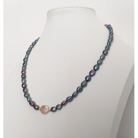 Black Natural Freshwater Baroque Pearl Necklace