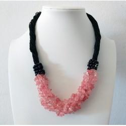 Collar artesanal con Cuarzo rosa Cherry piedras naturales