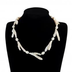 Collar con perlas de tipo Baroque en forma de rama o twig