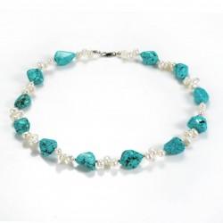 Collar de perlas de agua dulce y piedras de turquesa irregulares