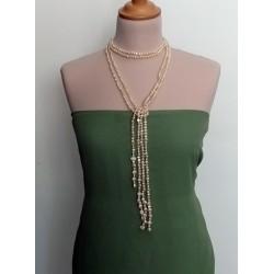 Collar largo de perlas blancas naturales