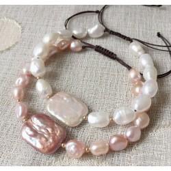Pulsera de perlas de agua dulce y una gran Perla Barroca rectangular