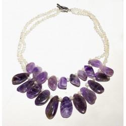 Collar artesanal único con amatista y perlas naturales