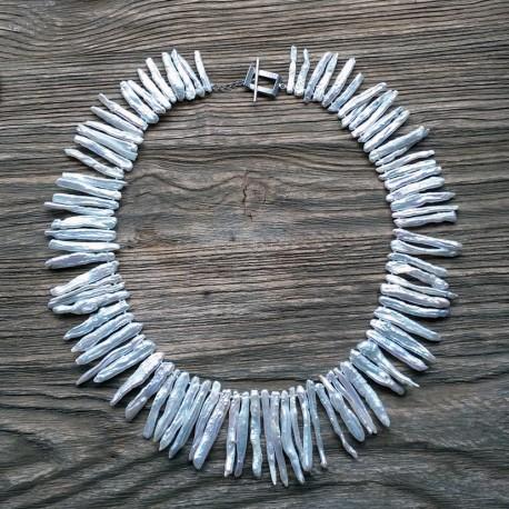 Collar Signature con perlas Biwa blancas