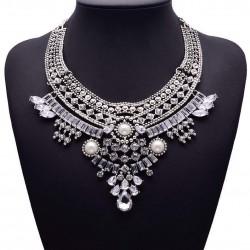 Collar étnico estilo Árabe de color plata antigua